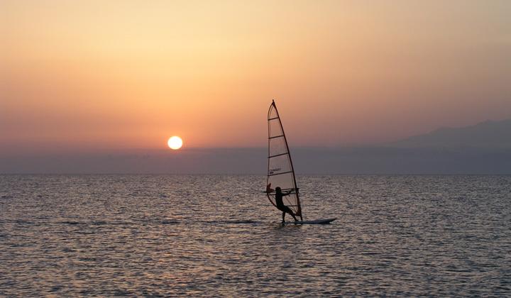paros_windsurfing